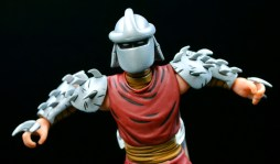 neca-nycc-eastman-and-laird-tmnt-foot-clan-shredder-4