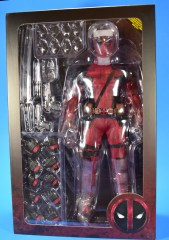 hot-toys-movie-masterpiece-deadpool-mms-437-ryan-reynolds-package-04