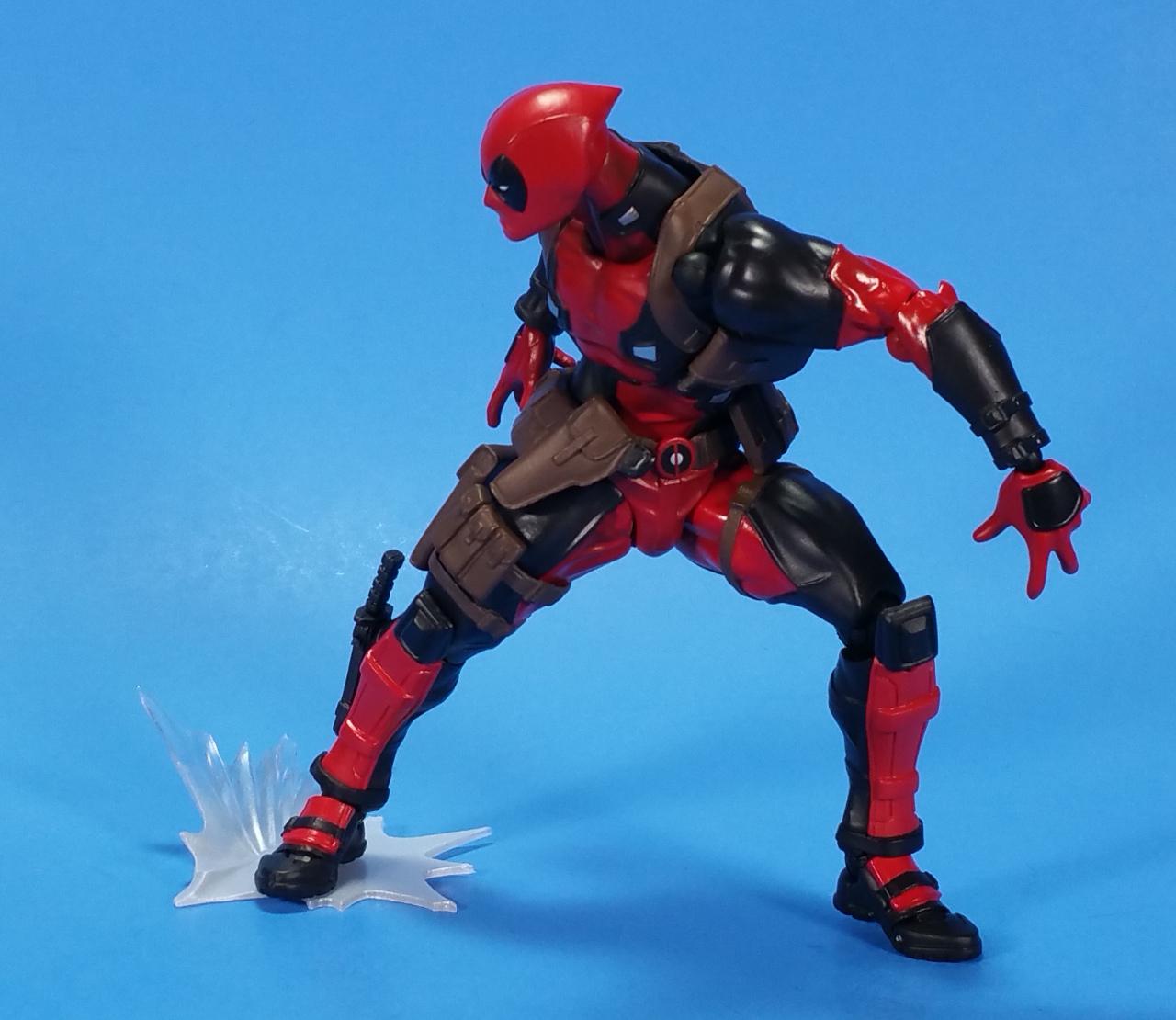 Marvel Deadpool Superhero Action Figure Amazing Yamaguchi Revoltech Series