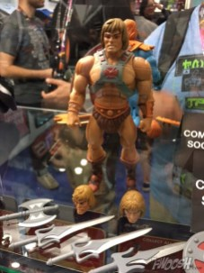 super-7-masters-of-the-universe-classics-he-man-02-new-york-comic-con-2016