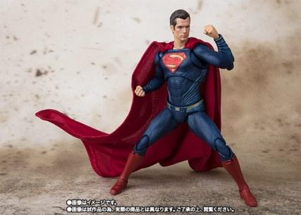 Bandai SH Figuarts Justice League Superman Promo 06