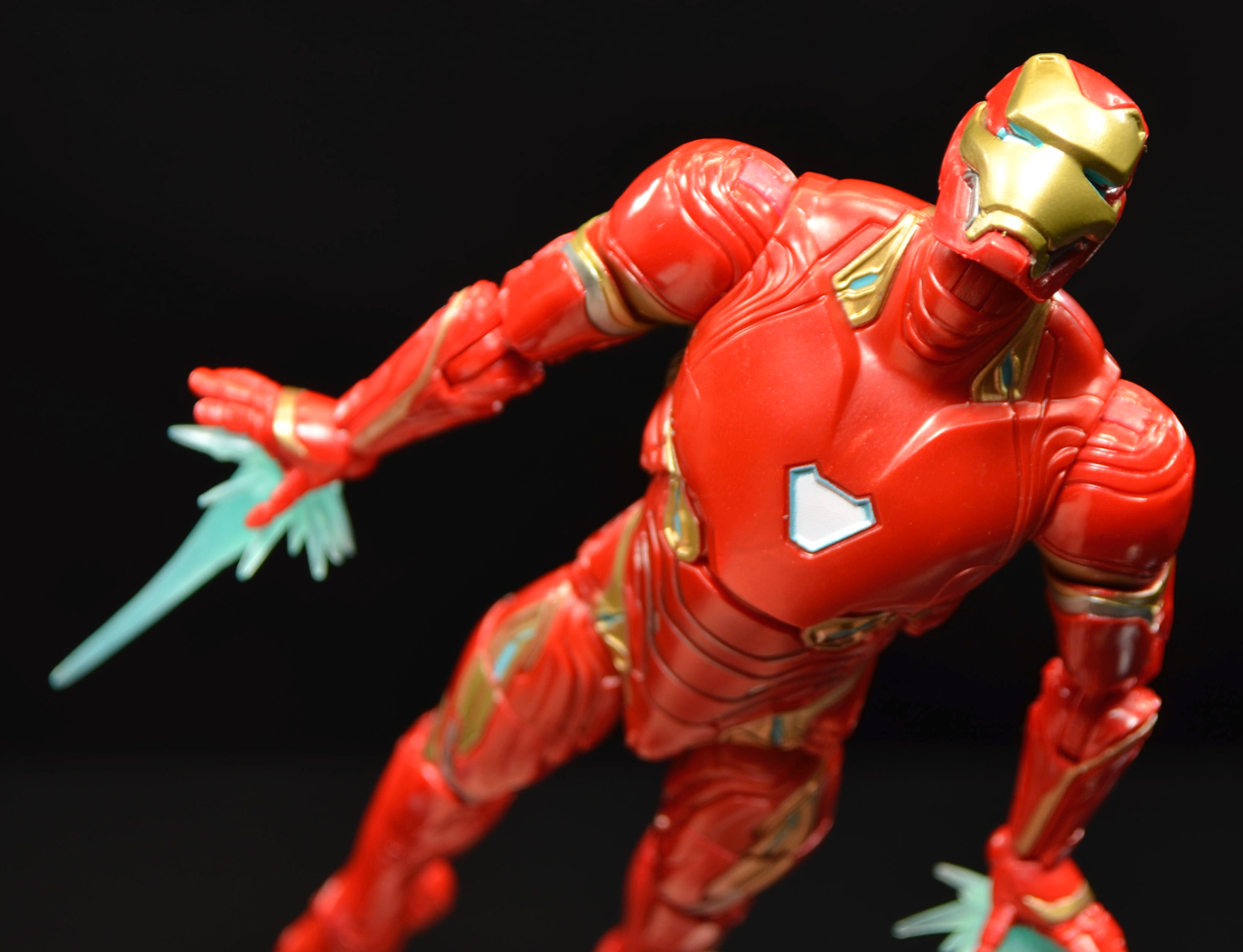 Hasbro: Marvel Legends Avengers: Infinity War Iron Man and