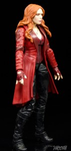 Hasbro-Marvel-Legends-Toys-R-Us-Avengers-Pack-Review-Scarlet-Witch-turn-1