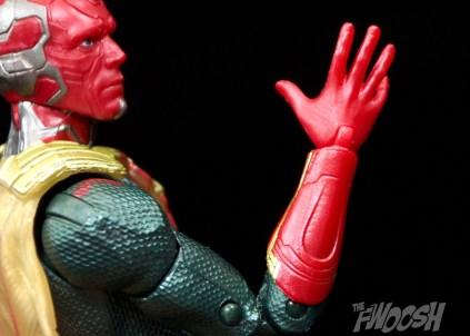 Hasbro-Marvel-Legends-Toys-R-Us-Avengers-Pack-Review-Vision-gauntlet