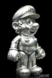 Jakks-Pacific-World-of-Nintendo-Metal-Mario-Review-turn-1