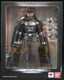 SH-Figuarts-Bandai-Star-Wars-ANH-Darth-Vader-Review-Carded