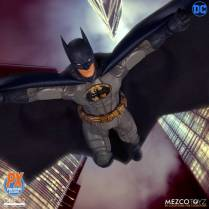 Mezco One12 Collective PX Exclusive Sovereign Knight Batman Promo 05