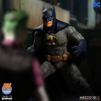 Mezco One12 Collective PX Exclusive Sovereign Knight Batman Promo 07