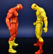 DC Collectibles Essentials Flash and Reverse flash (29)
