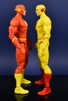 DC Collectibles Essentials Flash and Reverse flash (6)