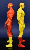 DC Collectibles Essentials Flash and Reverse flash (7)
