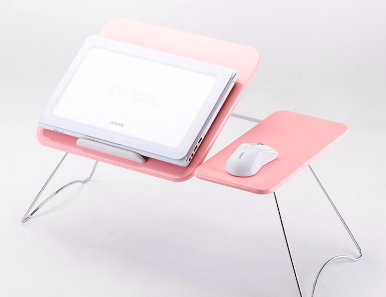 This Foldable Lap Desk Lets You Take Your Office Anywhere