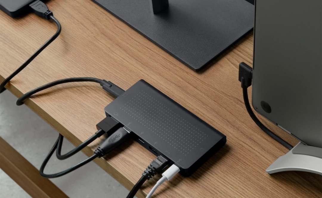 Twelve South StayGo USB-C Hub Organized Desktop Hub