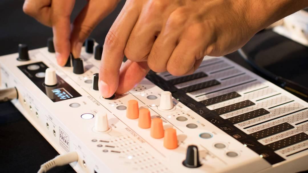 Arturia MicroFreak Vocoder Edition music recorder