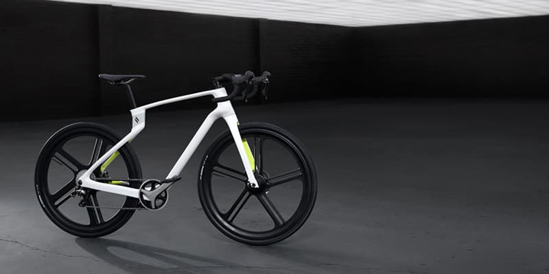 Superstrata Unibody Carbon Fiber Bicycle