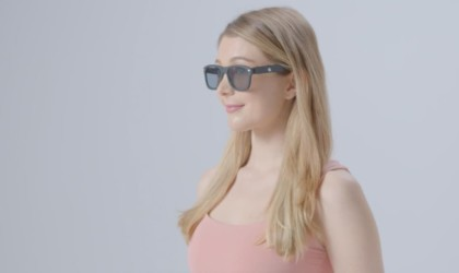 Blueberry Stress-Reducing Smart Glasses