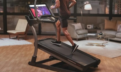 NordicTrack X32i Smart HD Touchscreen Treadmill