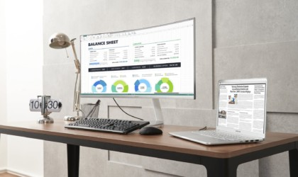 Samsung Thunderbolt 3 QLED Curved Monitor