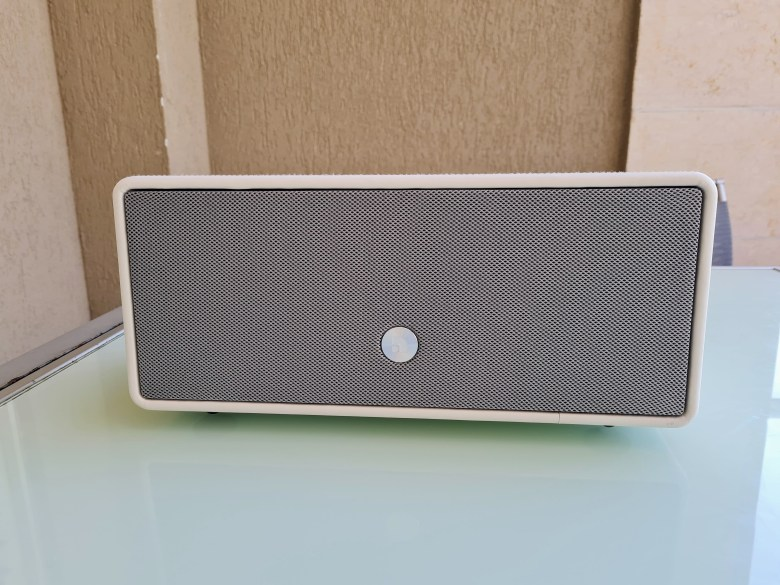 audio pro D-1. צילום צחי הופמן