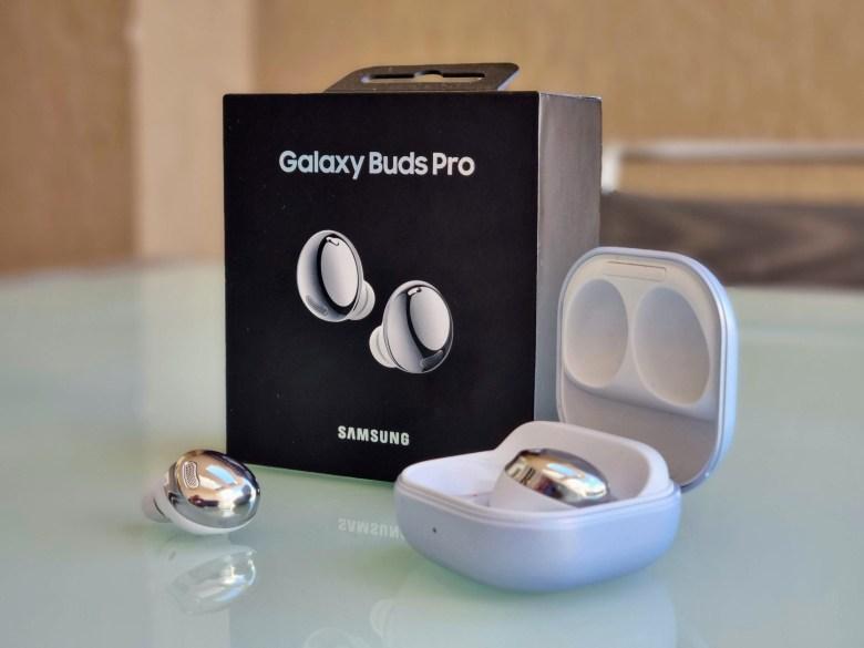 סמסונג Galaxy Buds Pro. צילום צחי הופמן