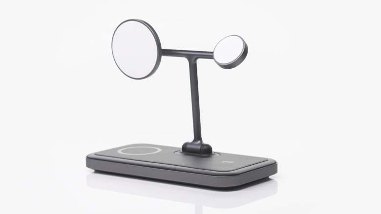 """HyperJuice 4-in-1 Wireless Charging Stand. צילום יח""""צ"""