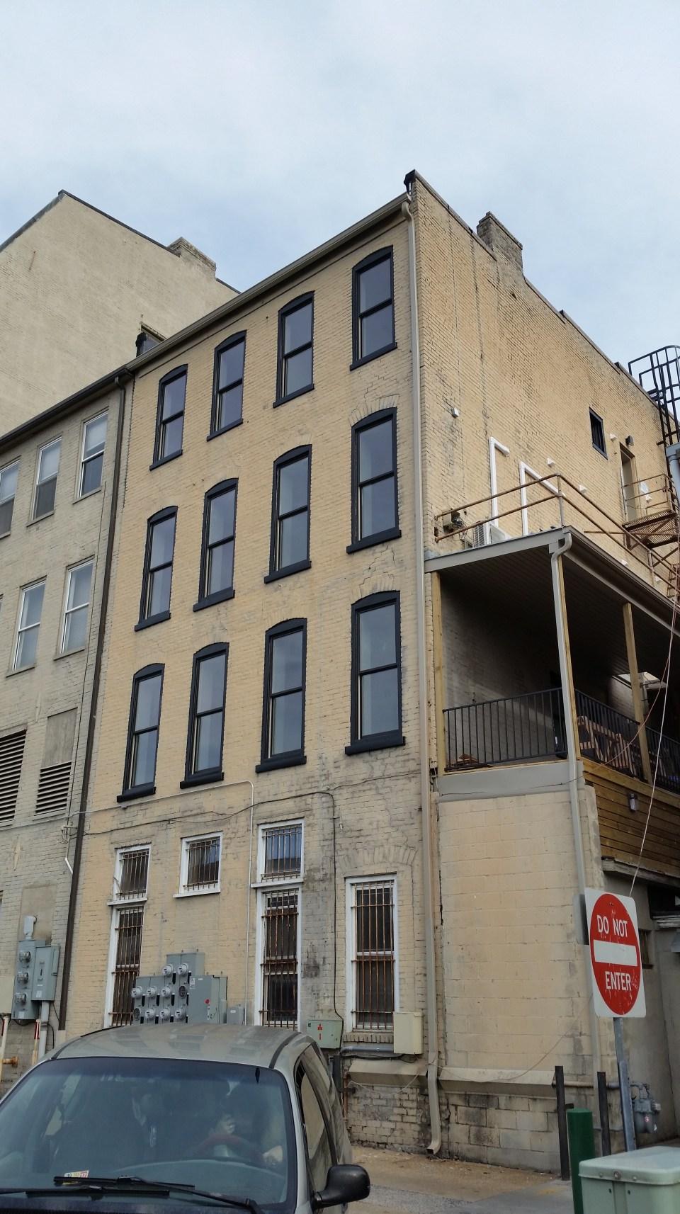 harrisonburg-apartments-1
