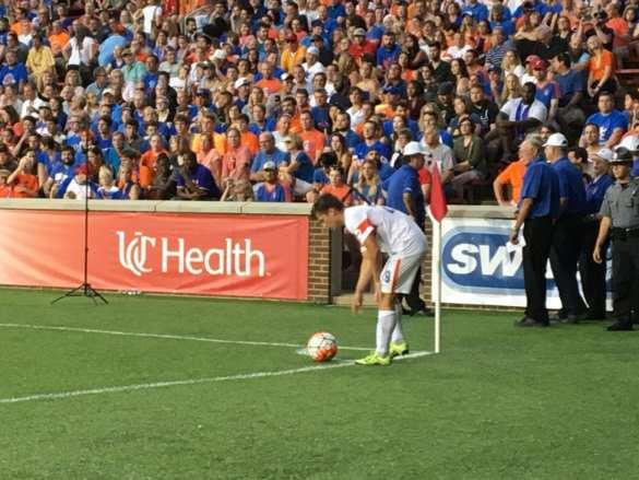 FC Cincinnati Forward Antoine Hoppenot takes a corner in the closing minutes of the game.