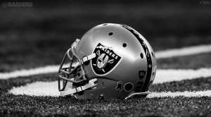 (http://www.raiders.com/news/article-1/Oakland-Raiders-Retain-Nine-Free-Agents/e21ba709-3887-440e-9d7a-c3fc860d47c7)