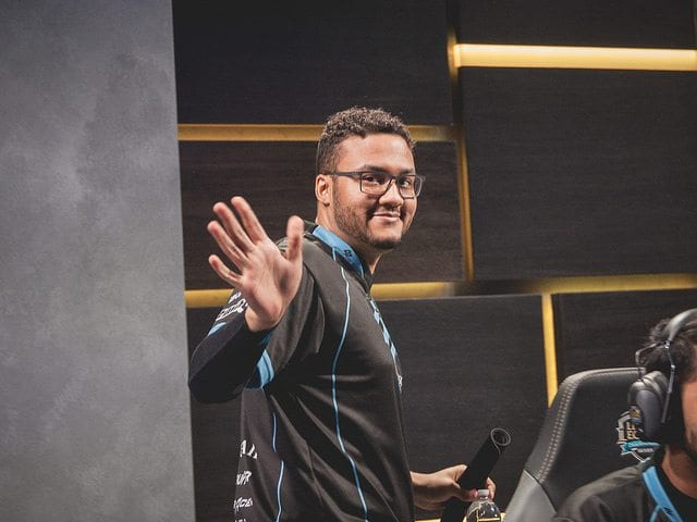 Counter Logic Gaming support, Aphromoo