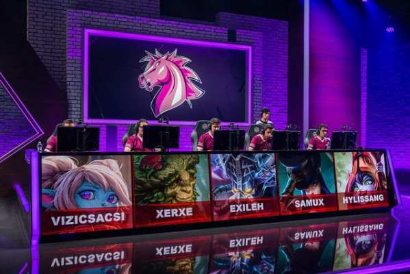 Unicorns of Love signed Xerxe and Samux for 2017