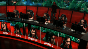 Clutch Gaming during the pause