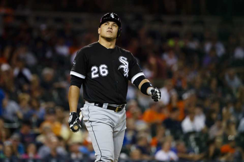 Avisail Garcia will Have Knee Surgery