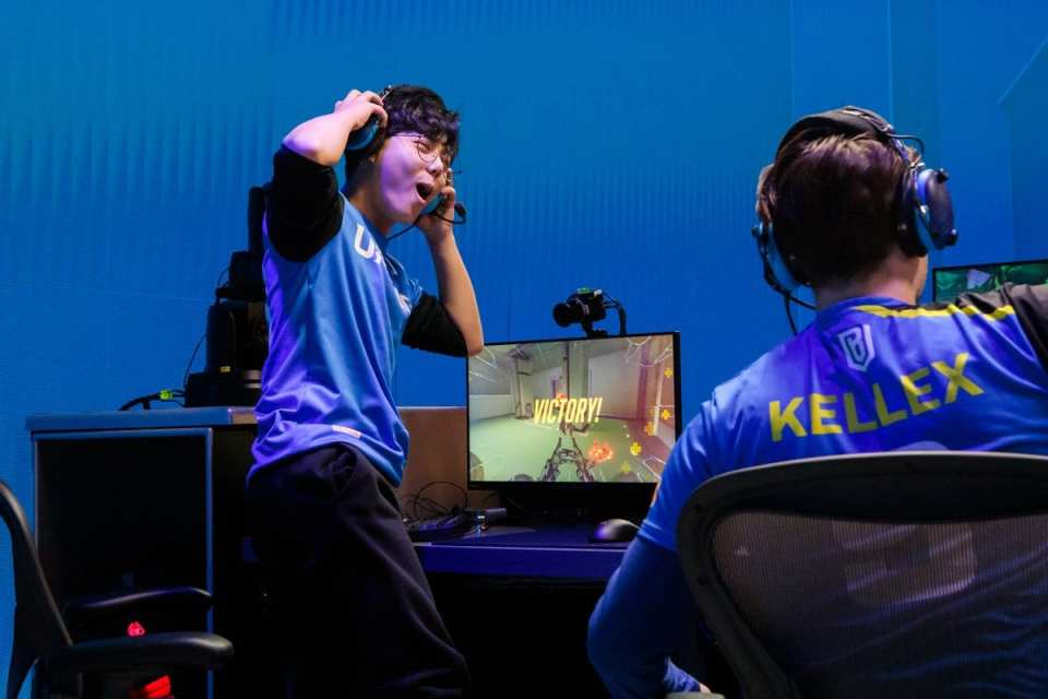 boston uprising stage review
