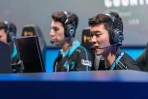 Stixxay and Biofrost have the advantage over Arrow and Big in CLG's quarterfinals match-up versus OpTic. (Photo by Paul de Leon/Riot Games)