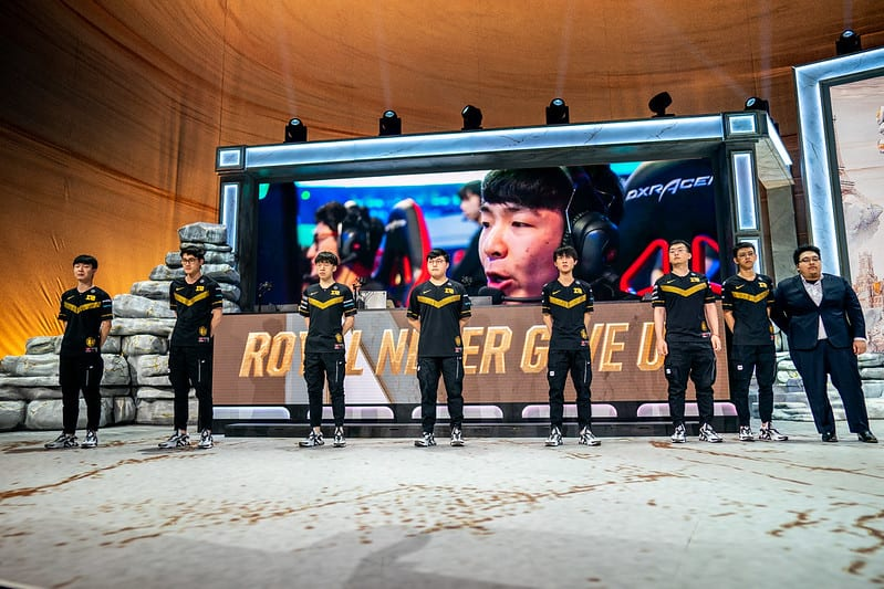 Many of RNG's players were top 10 of the players eliminated after Worlds Group Stage