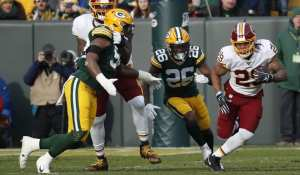 Redskins' Derrius Guice leaves game with knee injury; ruled out.