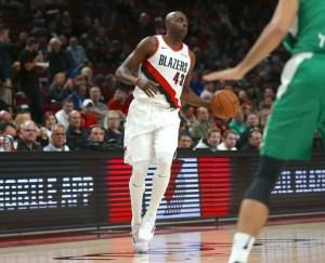 Blazers trade Bazemore to Sacramento