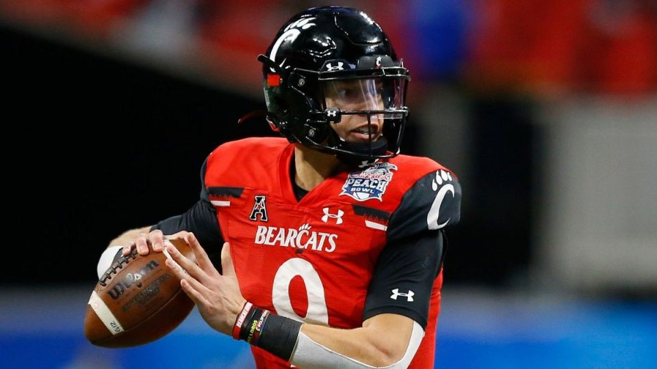 Darkhorse Contenders to make the 2022 College Football Playoff
