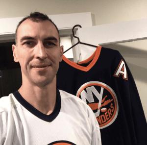 Islanders Sign Zdeno Chara