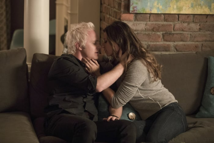 izombie-season-3-photos-13.jpg