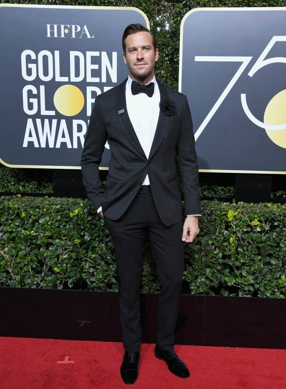 timothee-armie-globes-08jan18-15