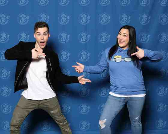 Jeremy Shada Photo Op at Emerald City Comic Con