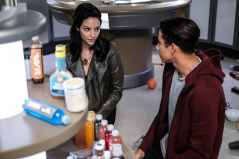 Tala Ashe as Zari (left) and Keiynan Lonsdale as Wally West (right). Photo courtesy of DC Legends TV.