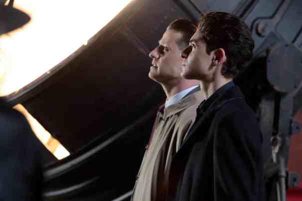 Gotham-S04E22-No-Man's-Land