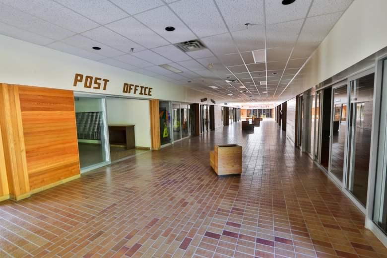 Kitsault-Mall