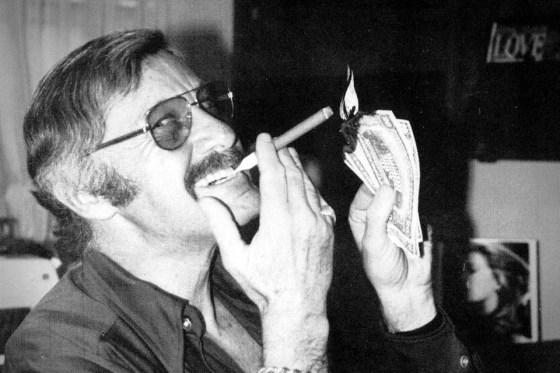 Stan Lee Smoking
