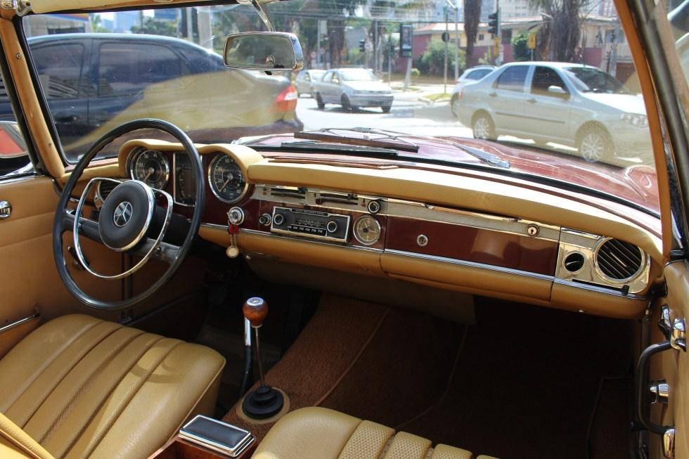 Mercedes Benz Pagoda - The Garage