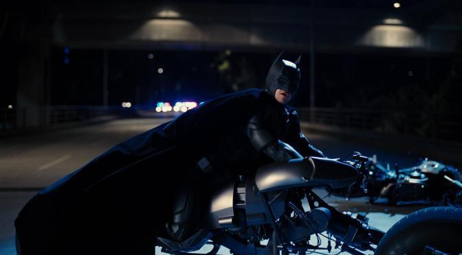 Batman vai Leiloar um dos Seus Veículos Supersónicos