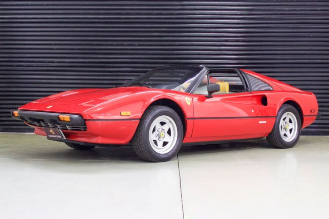 Ferrari 308 GTI Targa importação The Garage