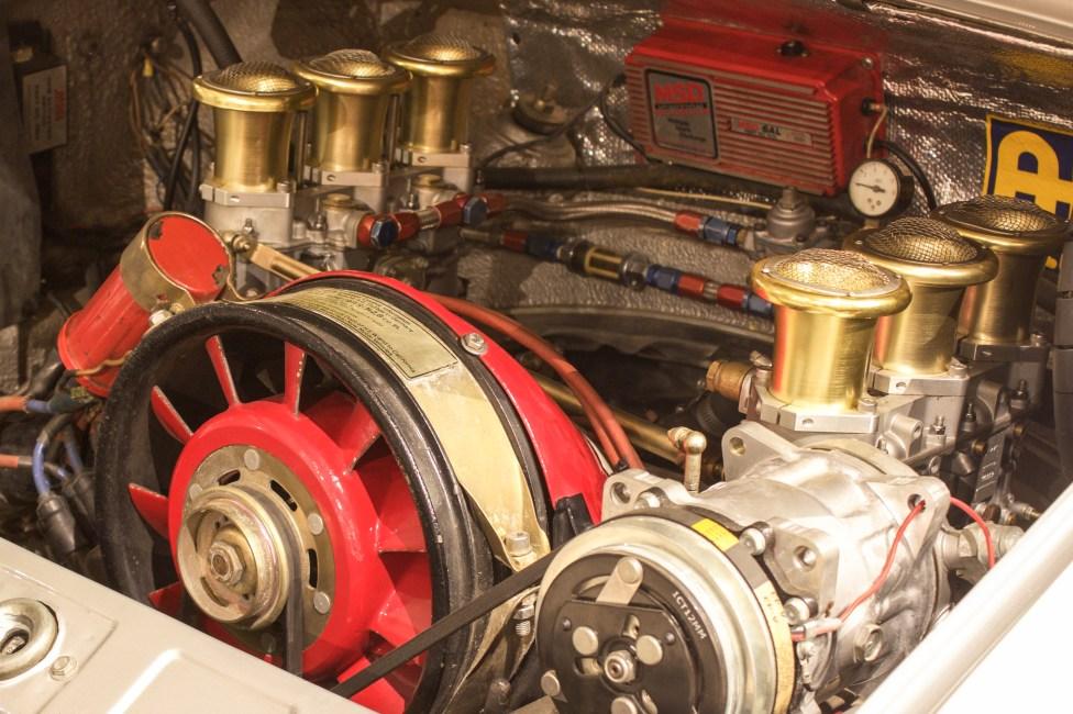 1973-porsche-911-carro-antigo-the-garage-3.2-engine